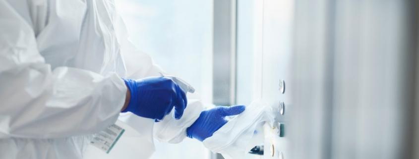 limpiar el ascensor para evitar el coronavirus